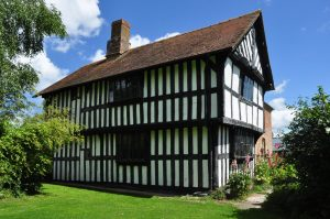 Hakluyt family medieval hall house